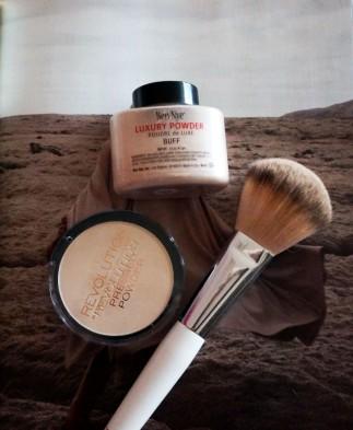 maquillage fond de teint poudre ben nye